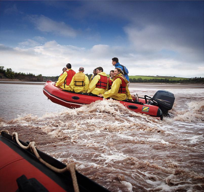 Tidal-bore-rafting